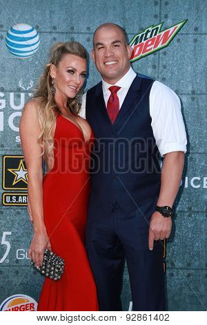 LOS ANGELES - JUN 6:  Amber Nichole Miller, Tito Ortiz at the Guys Choice Awards 2015 at the Culver City on June 6, 2015 in Sony Studios, CA