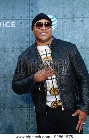 LOS ANGELES - JUN 6:  LL Cool J at the Guys Choice Awards 2015 at the Culver City on June 6, 2015 in Sony Studios, CA