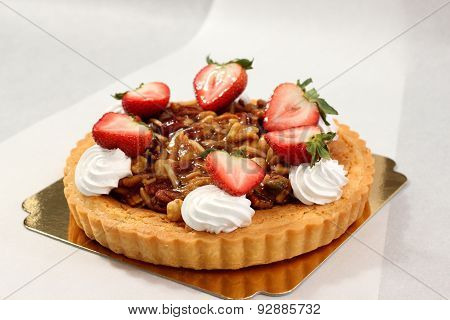Nut Pie Ontop Cream  And  Fresh Strawberry