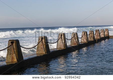 Ocean Tidal Pool Chains