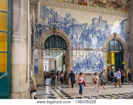 Sao Bento Train Station In Porto, Portugal.