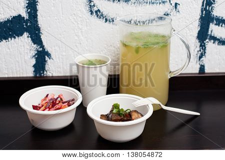 Vegetarian Fastfood Course With A Jag Of Lemonade