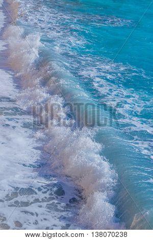 ocean wave close up