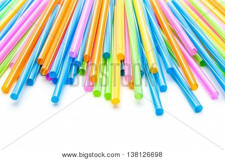 on an white background there are an few drinking straws
