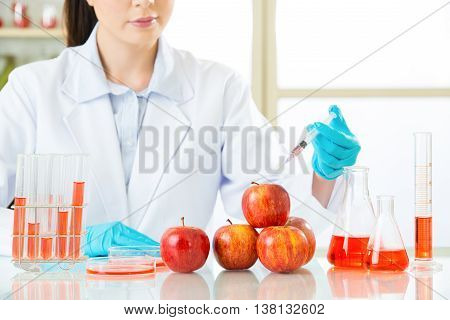 Female Scientist Develop And Test All Of Genetic Modification Food