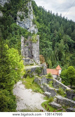 RADOVLJICA, SLOVENIA - SEPTEMBER 8: Ruins of medieval castle Grad Kamen in Slovenia. Sept 2015