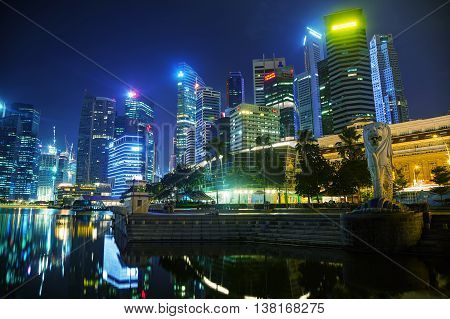 SINGAPORE - OCTOBER 31: Overview of the marina bay with the Merlion on October 31 2015 in Singapore.