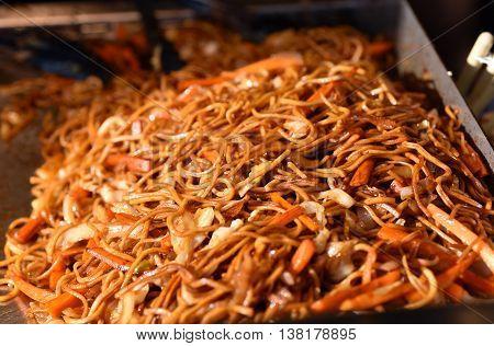 Stir fried noodles in a fast food
