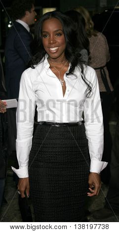 Kelly Rowland at the Los Angeles premiere of 'Stranger Than Fiction' held at the Mann Village Theatre in Westwood, USA on October 30, 2006.