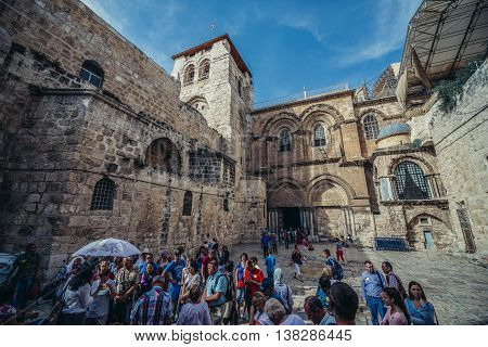 Jerusalem Israel - October 22 2015. Group of tourists in front of Church of the Holy Sepulchre located in Christian Quarter