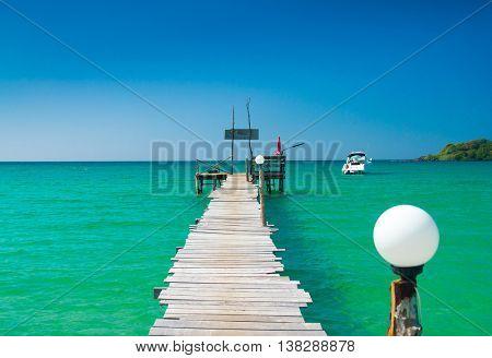 Calm Meditation Boardwalk Admire