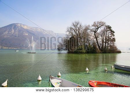 Beautiful views of Lake Annecy in the French Alps, a spring day. The town of Annecy. Haute-Savoie.