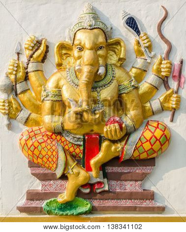 Ganesha Statue,  The Public Is Open To The People Worship. (duraga Ganapati)