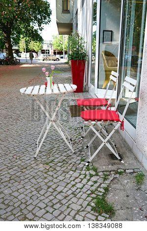 sidewalk cafe in the center of Berlin