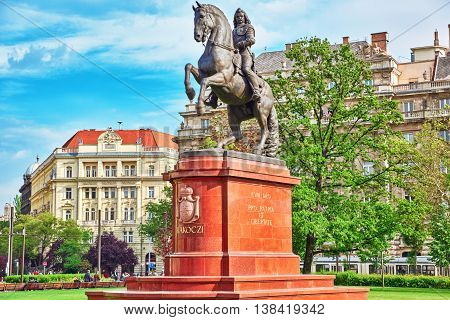 Budapest, Hungary-may 02, 2016: Monument For Francis Ii Rakoczi In Left Of The Hungarian Parliament