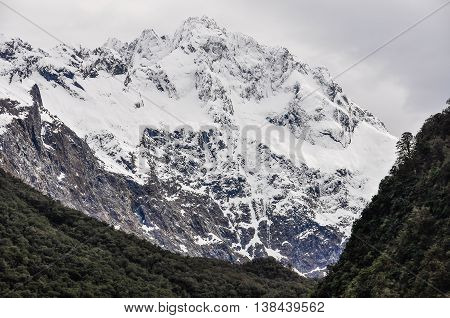 Snowy Mountain On The Milford Road, New Zealand