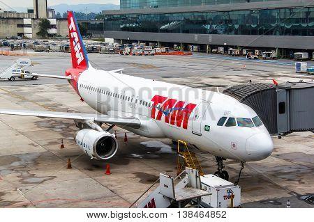 Tam Airbus A320