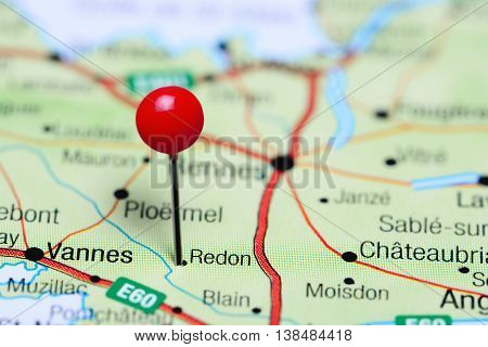 Redon pinned on a map of France