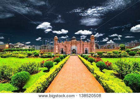 Mausoleum of Bibipari in Lalbagh fort Dhaka - Night Effect