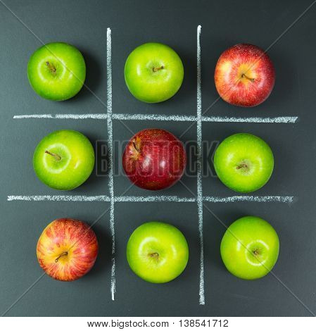Tic Tac Toe Game With Apples