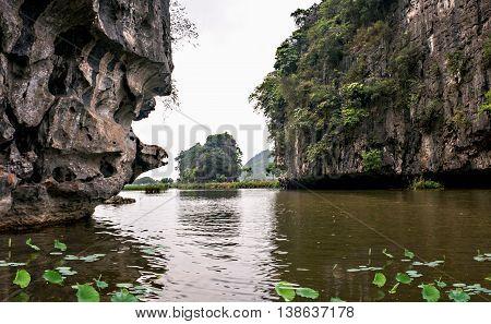 Ninh Binh, Vietnam, April 24, 2016 cave, resorts Trang An, Ninh Binh, Vietnam, the world natural heritage