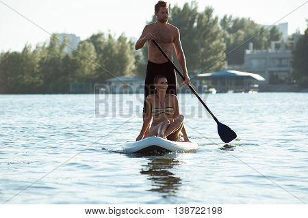 Beach Fun Couple On Stand Up Paddle Board Sup05