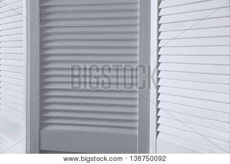White folding screen, closeup