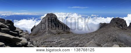 View from the top of mount Kinabalu in Kinabalu national park. Kota kinabalu - Malasia.