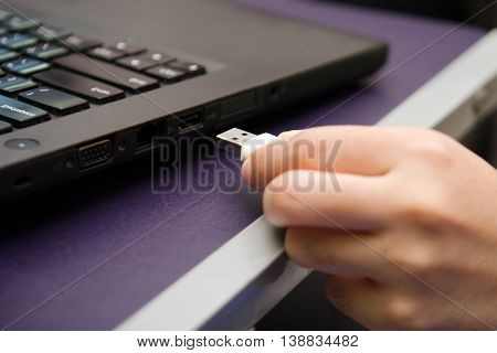 IT virus enter laptop computer via USB thumb drive or USB stick