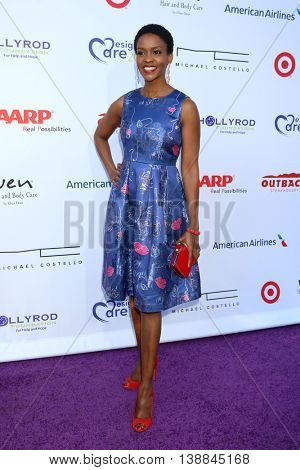 LOS ANGELES - JUL 16:  Kim Hawthorne at the HollyRod Presents 18th Annual DesignCare at the Sugar Ray Leonard's Estate on July 16, 2016 in Pacific Palisades, CA