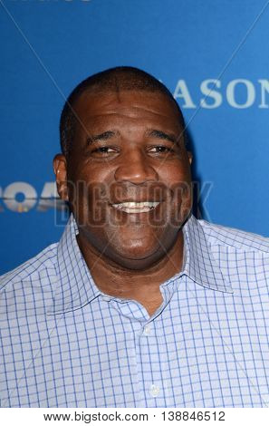LOS ANGELES - JUL 14:  Curt Menefee at the Gleason LA Premiere Screening at the Regal 14 Theaters at LA Live on July 14, 2016 in Los Angeles, CA