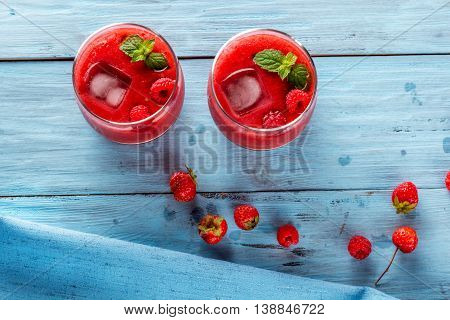 smoothie of strawberries and raspberries top view