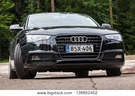 Black Facelift Audi A5 2.0 Tdi 2012 Model