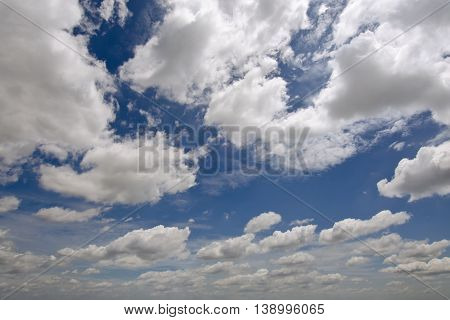 Sky background with white cloud for graphic usage