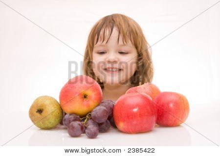 Kids Should Eat Fruits!