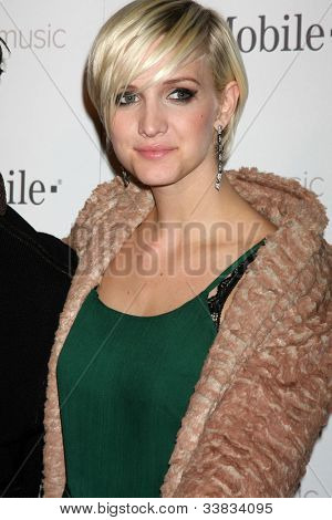 LOS ANGELES - NOV 16:  Ashlee Simpson arrives at the Google Music Launch at Mr. Brainwash Studio on November 16, 2011 in Los Angeles, CA