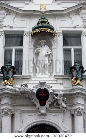 Saint Charles Borromeo Church Vienna, The columns display scenes from the life of Charles Borromeo