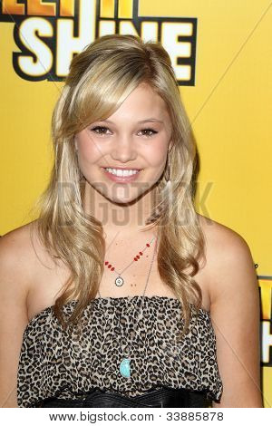 LOS ANGELES - JUN 5:  Olivia Holt arriving at the Premiere Of Disney Channel's .