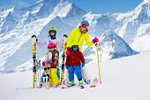 Family Ski Vacation. Group Of Skiers In Swiss Alps Mountains. Mother And Child Skiing In Winter. Par poster
