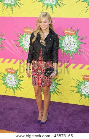 LOS ANGELES - MAR 23:  Olivia Holt arrives at Nickelodeon's 26th Annual Kids' Choice Awards at the USC Galen Center on March 23, 2013 in Los Angeles, CA