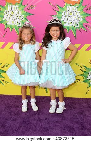 LOS ANGELES - MAR 23:  Rosie McClelland, Sophia Grace Brownlee arrive at Nickelodeon's 26th Annual Kids' Choice Awards at the USC Galen Center on March 23, 2013 in Los Angeles, CA