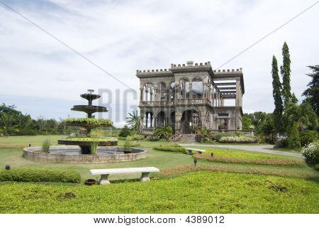 Lacson Ruins