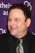 LOS ANGELES - MAR 20:  Jason Alexander arrives at the 21st Annual A Night at Sardi's to Benefit the