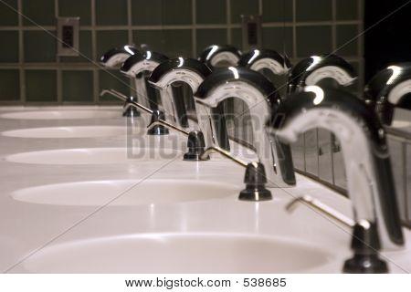 Bathroom Sinks 2