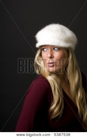 Sexy Blond Woman With Fashion Hat