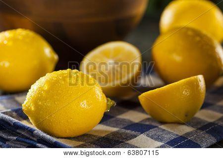 Organic Yellow Citrus Lemons