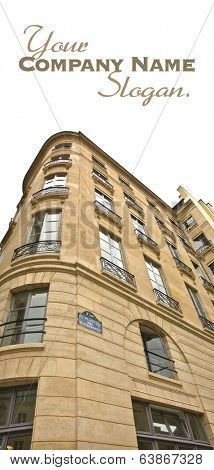 Fa���§ade of a beautiful Parisian building