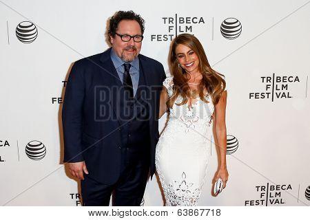 NEW YORK-APR 22: Actor Jon Favreau (L) and Sofia Vergara attend the premiere of