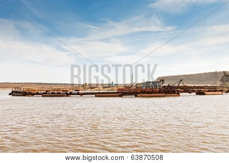 dredge on the lake
