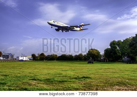 British Jumbo Jet 747 and Heathrow
